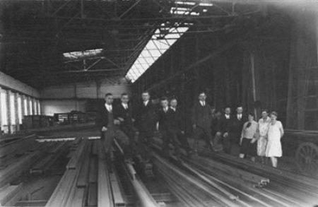 1928 - Gründung einer Filiale für Stahl, Werkzeug, Maschinen und Eisenwaren an den Standorten Wittenburg und Lübtheen in Mecklenburg